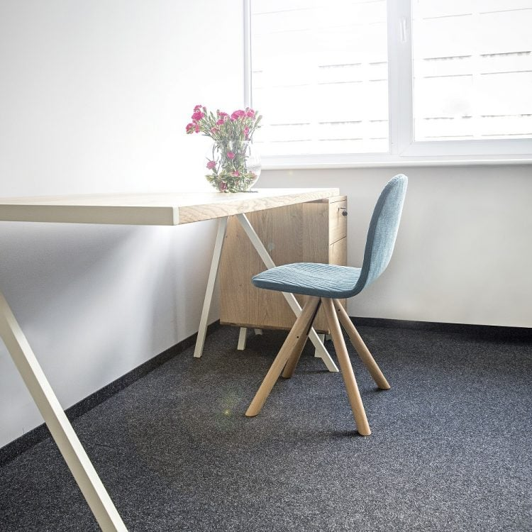 biurko elg w stylu minimalistycznym