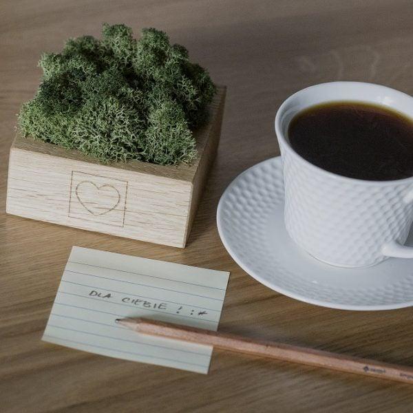 higrometr z grawerem w kształcie serduszka - pomysł na prezent - kawa