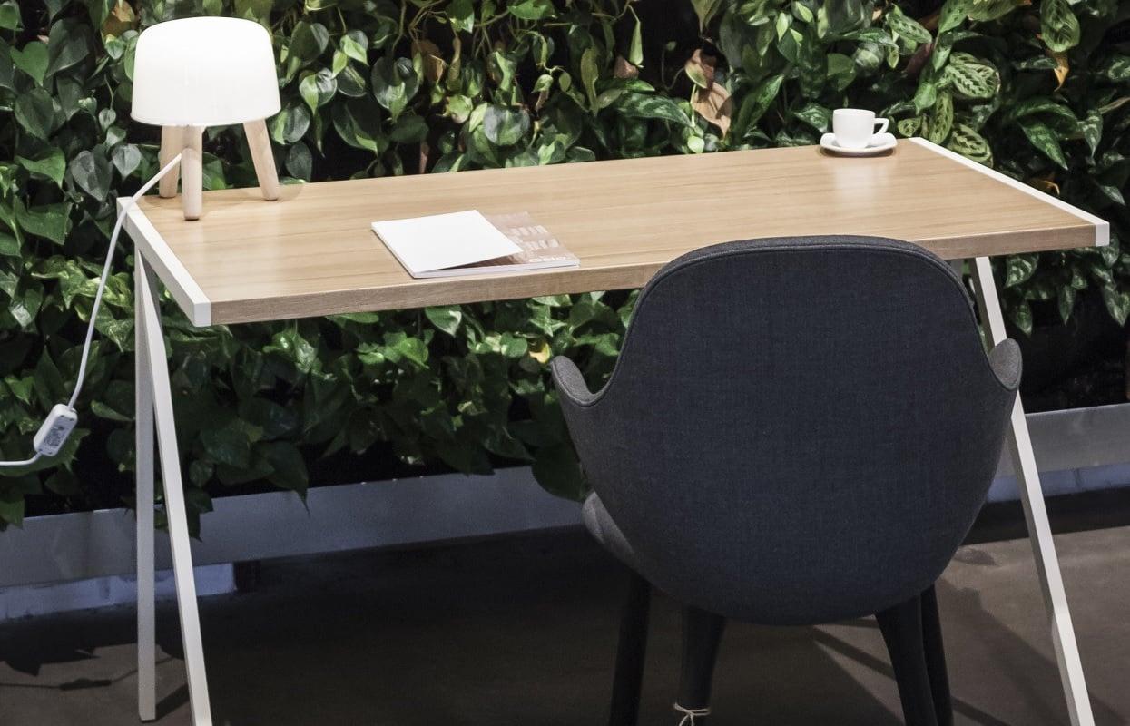 biurko elg w stylu minimalistycznym - przód biurka