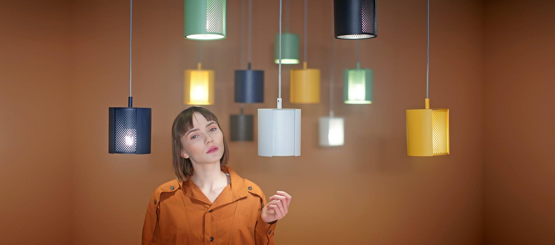 Lampy wiszące ogen w różnych kolorach