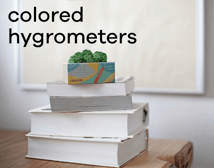 Colored hygrometers
