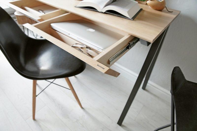 Drewniane biurko vogel S z szufladami
