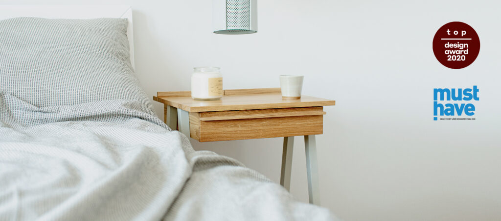 Lampa wisząca ogen z drewnianą szafką nocną troost